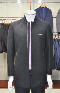 博尔顿秋冬新款羊毛大衣Y8867