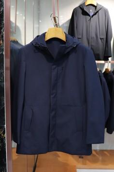 M8989    伟德国际1946伟德国际娱乐城betvictor12伟德官网时尚修身棉服