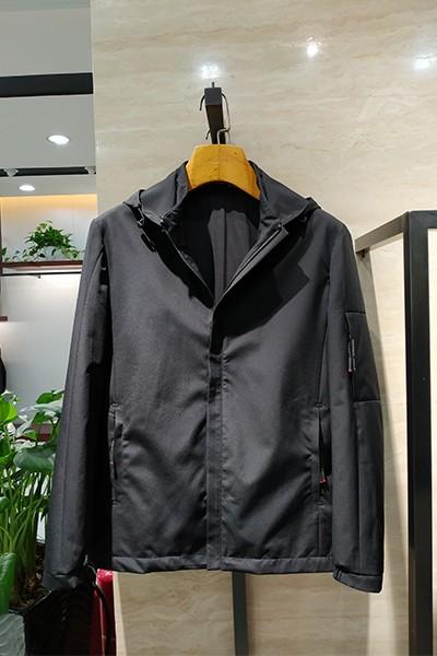 J9132 秋冬 2019 立领  可拆卸帽子  夹克