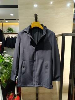 F19188 秋冬 2019 可拆卸帽子 风衣